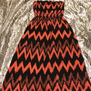 Awesome Orange Maxi Dress Size L🧡🖤🧡🖤